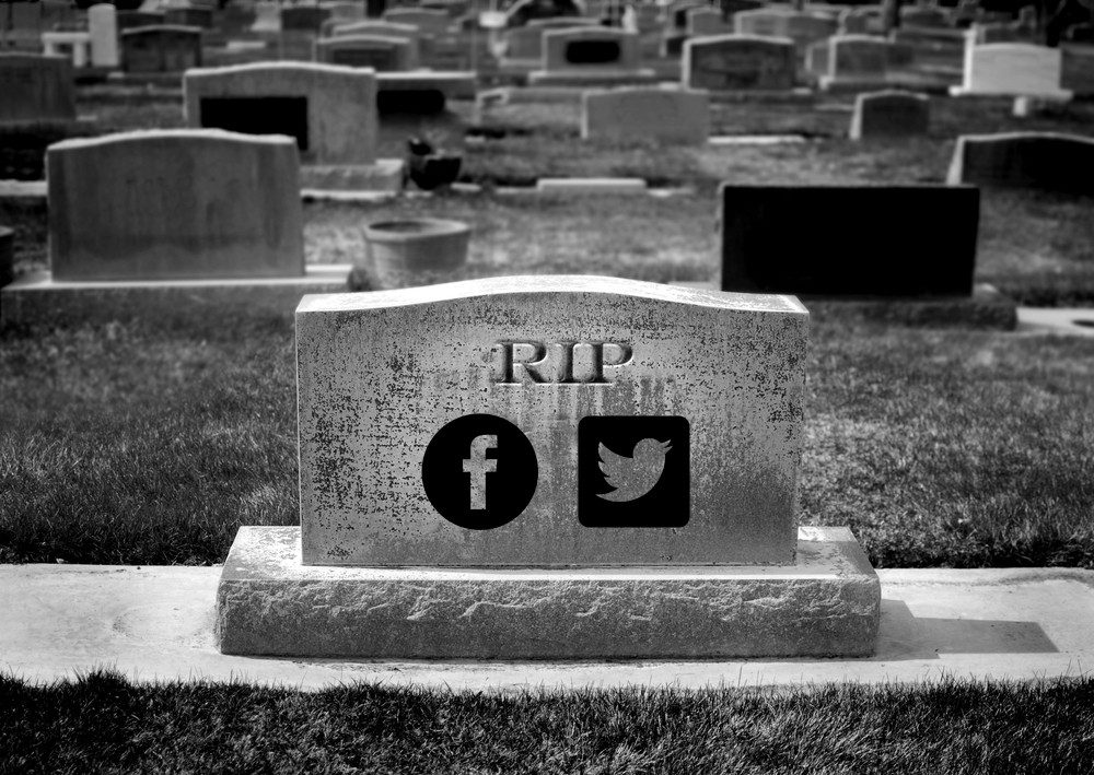 social media, Why social media is DEAD for music marketing (and why email works)